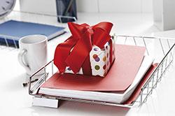 Fußnote erleichtert Geschenke an Geschäftsfreunde